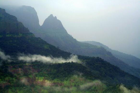 Tourist-places-To-See-In-Matheran-Sightseeing-Points-Of-Interest