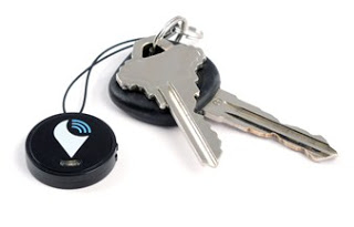Trackr_stickr_to_protect_your_car