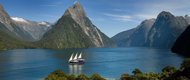 worlds-top-12-most-visited-Fiordland-National-Park